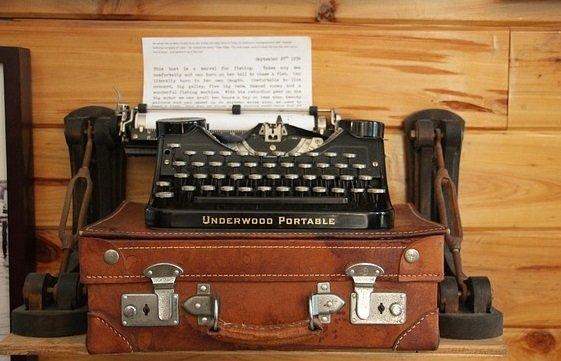 macchina da scrivere Hemingway